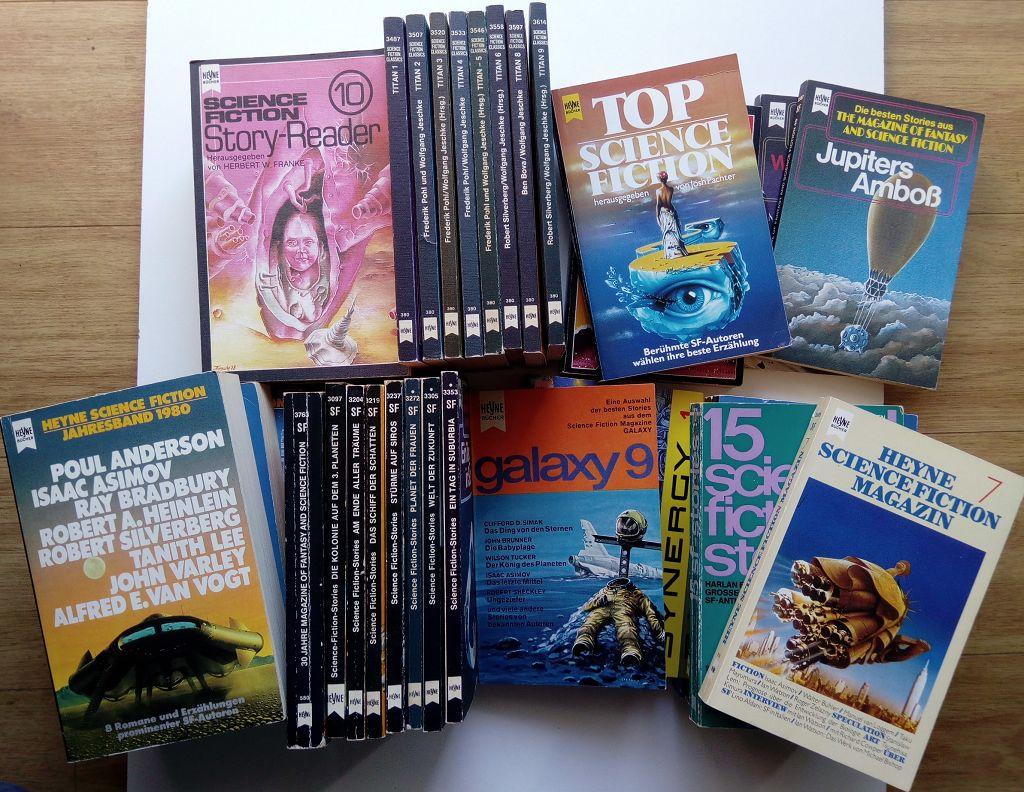 Konvolut 37 Bände Anthologien aus der Serie Heyne Science-Fiction